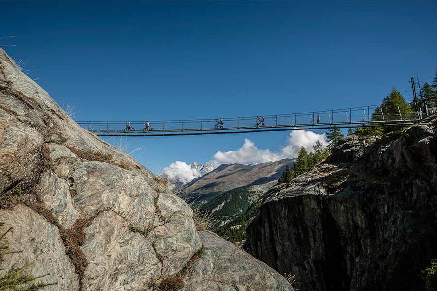 Perskindol Swiss Epic © APiX